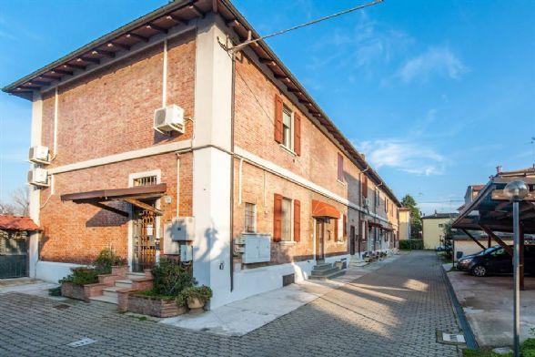 Villa a schiera in Via Agucchi 115, Bologna