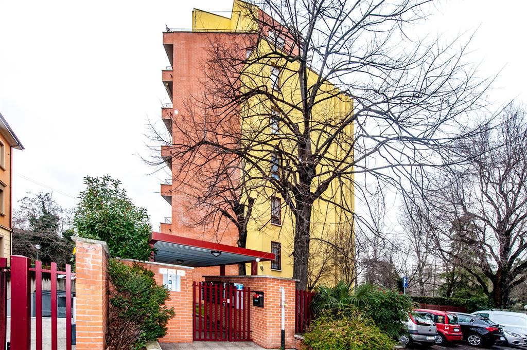 Monolocale in Via Dei Maceri 12, Mazzini,s. Orsola, Bologna