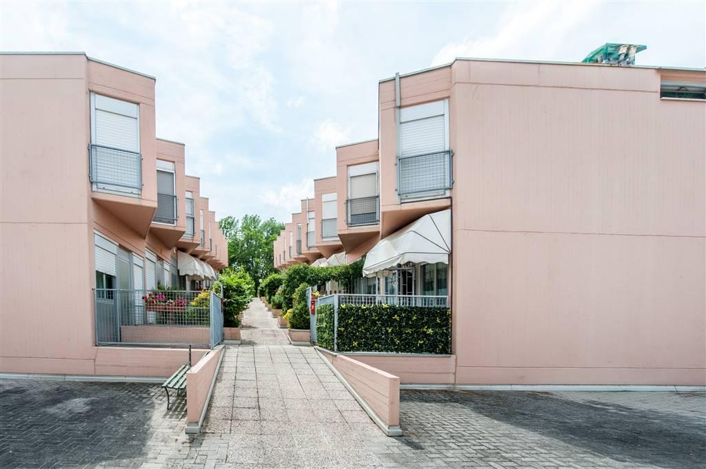 Villa a schiera in Via Raibolini, Zola Chiesa, Zola Predosa