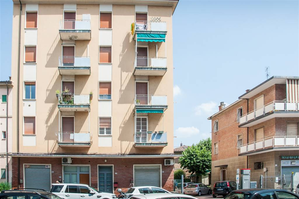Trilocale in Via Agucchi 83, Bologna