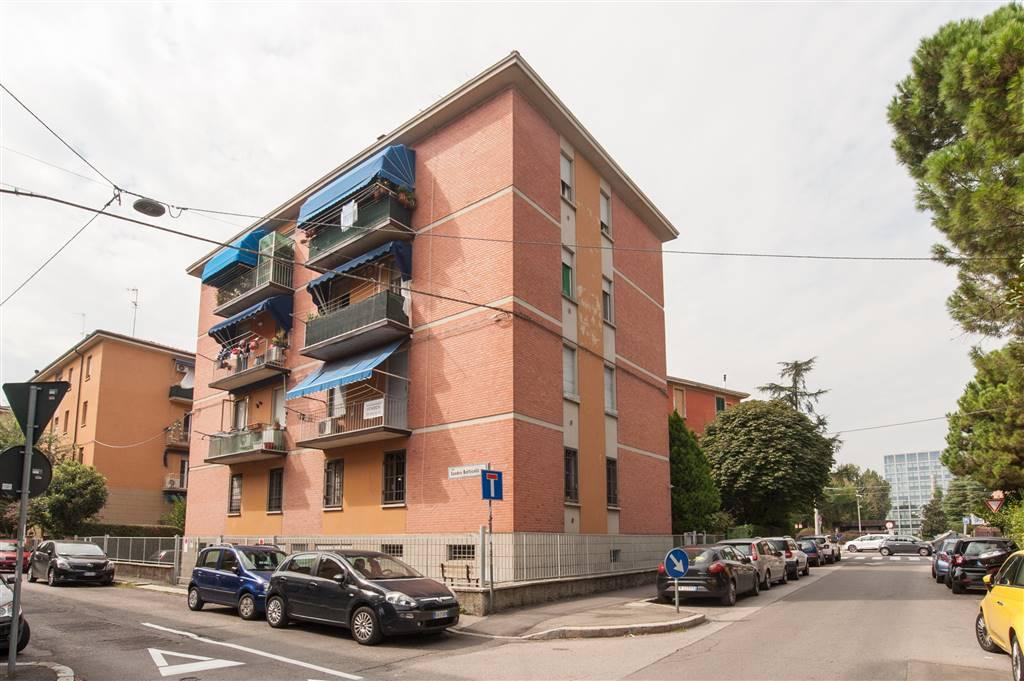 Quadrilocale in Melozzo Da Forlì 1, Bologna