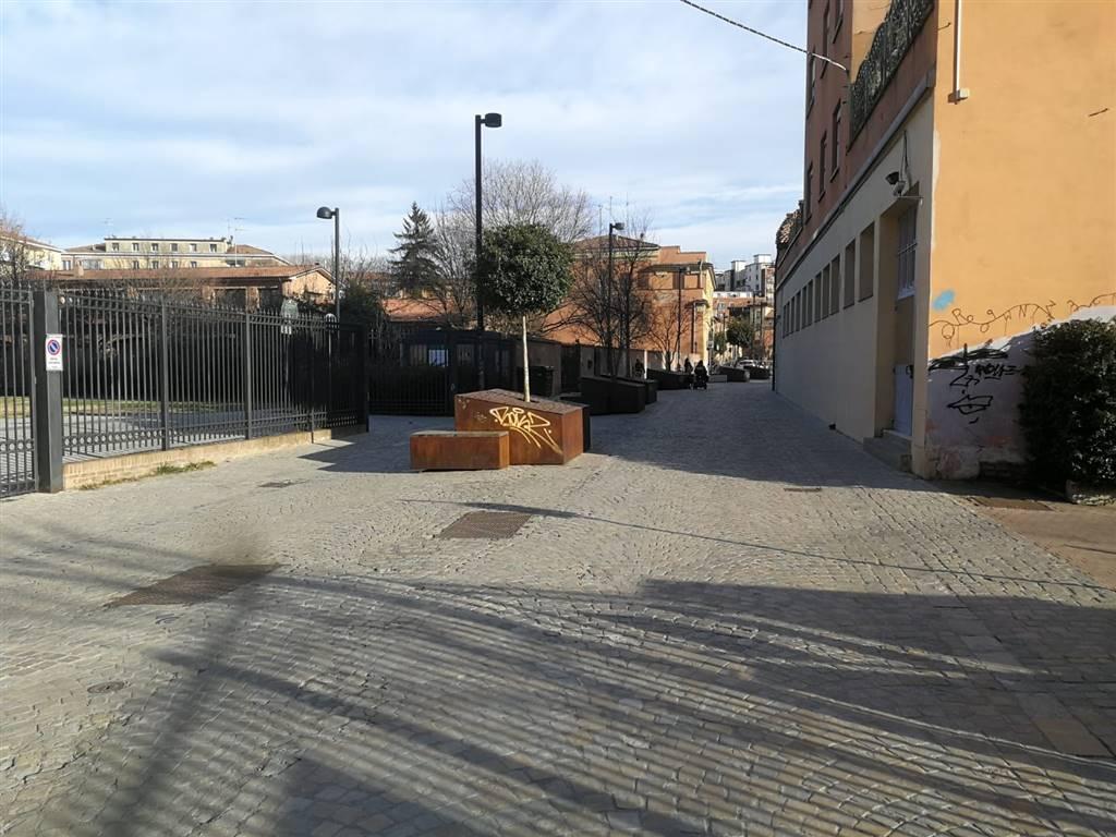 Garage / Posto auto, Porto, Bologna, in ottime condizioni