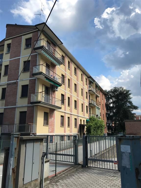 Trilocale in Via Colombarola  15, Corticella,ippodromo, Bologna