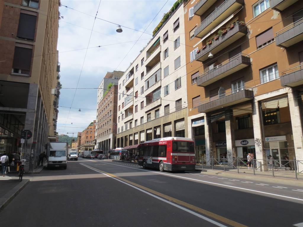 Monolocale in Via Marconi, Centro Storico, Bologna