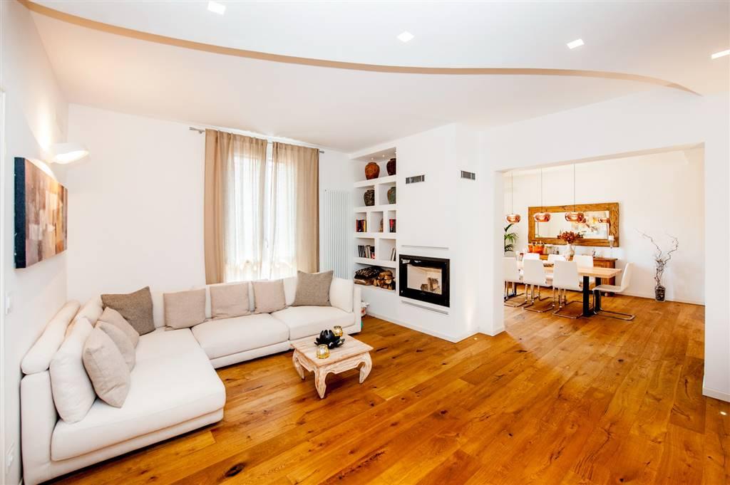 Appartamento in Via Tunisi, Croce, Casalecchio Di Reno