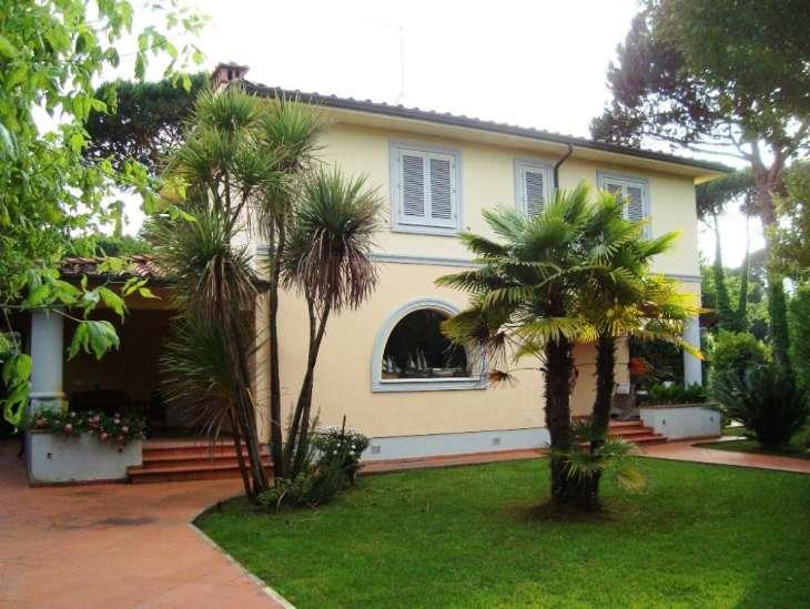 Villa a FORTE DEI MARMI