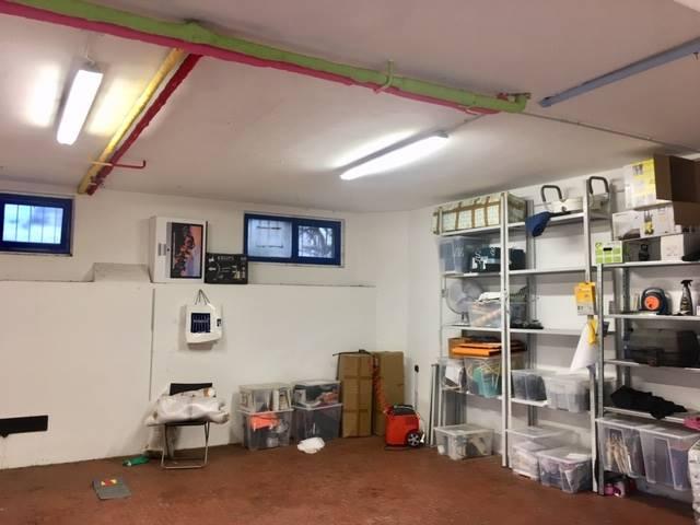 LIBERTÀ, FIRENZE, Garage / Espace de stationnement des vendre de 54 Mq, Classe Énergétique: G, composé par: 1 Local, Prix: € 130 000