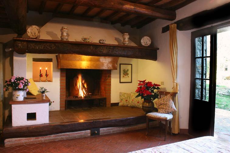 Rustico / Casale in vendita a Radda in Chianti, 7 locali, zona Zona: Colle Petroso, prezzo € 630.000 | CambioCasa.it