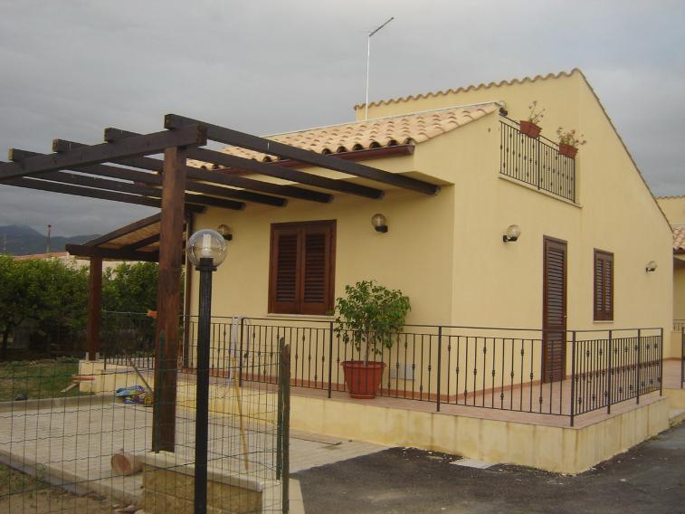 Villa, Campofelice Di Roccella, in nuova costruzione