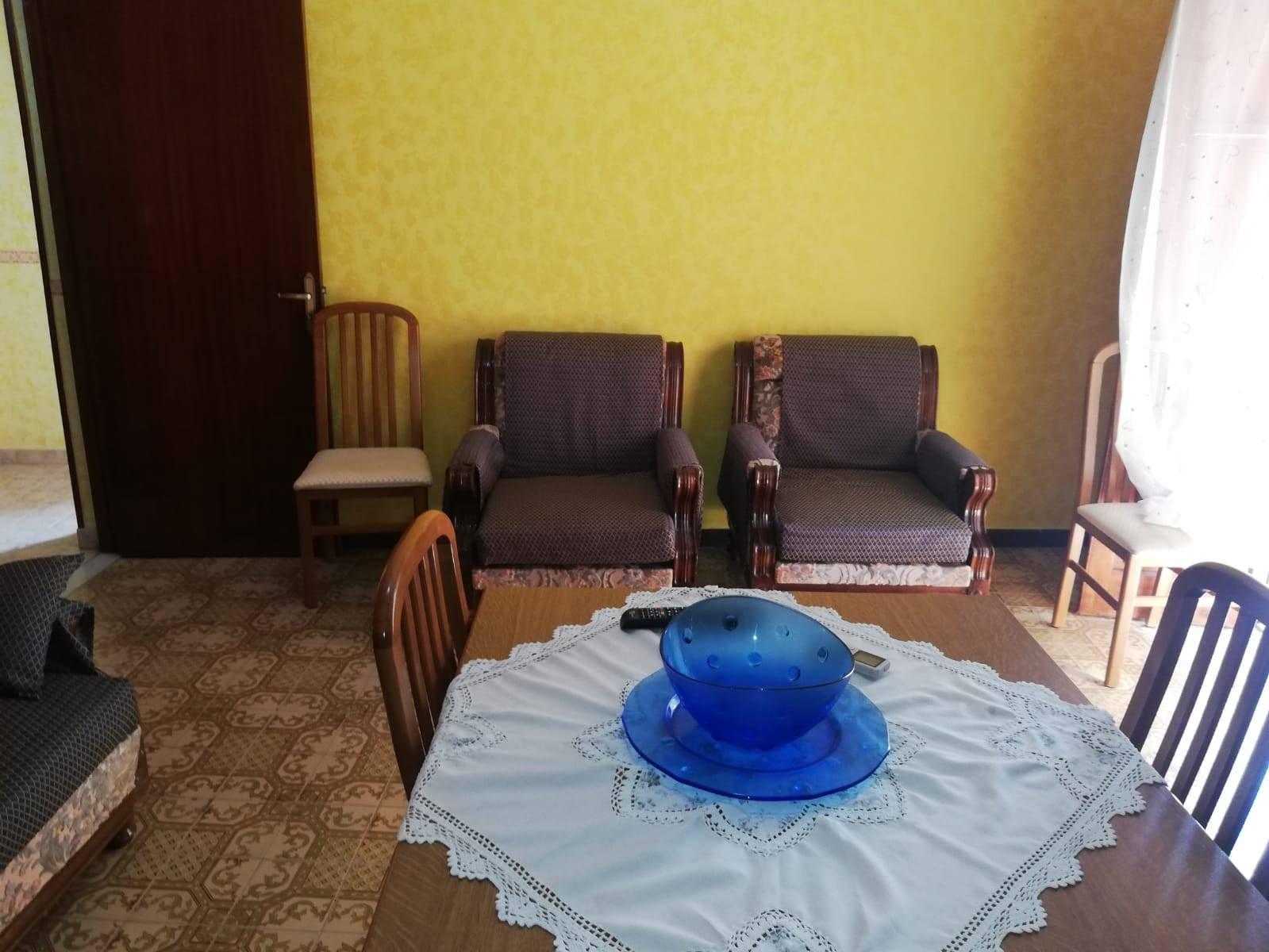 Appartamento in affitto a Lascari, 3 locali, prezzo € 380   CambioCasa.it