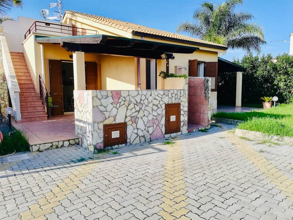 Villa in Viale San Francesco, Campofelice Di Roccella