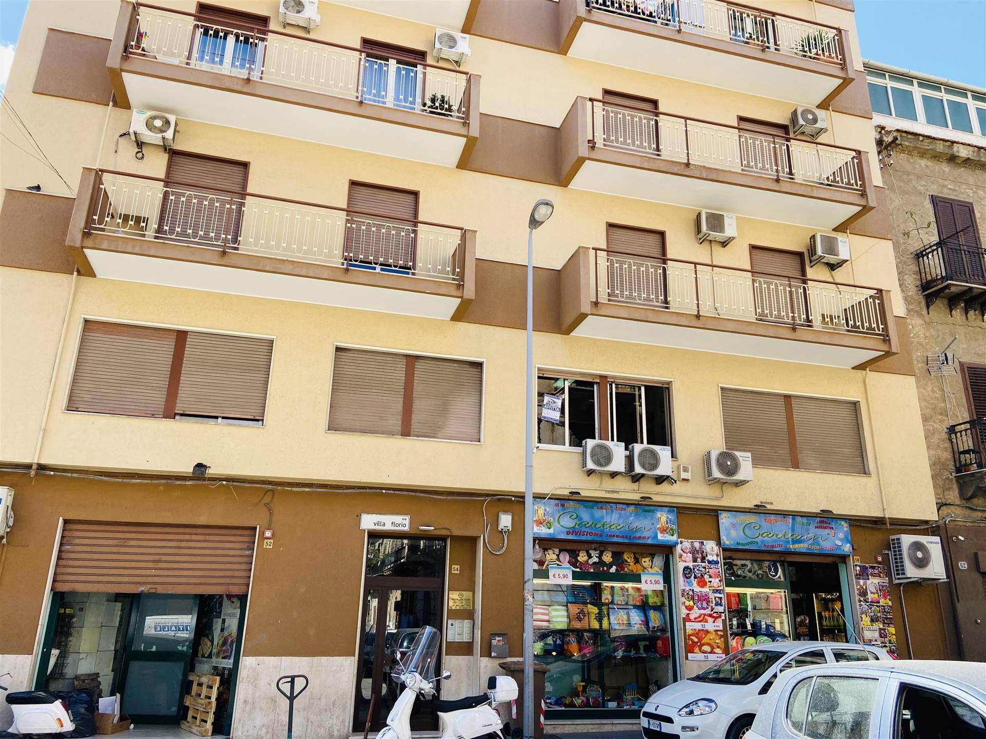 Ufficio / Studio in affitto a Palermo, 4 locali, zona Località: DANTE, prezzo € 480 | CambioCasa.it