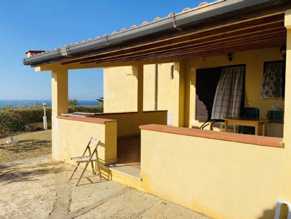 Villa in vendita a Campofelice di Roccella, 3 locali, prezzo € 158.000   CambioCasa.it
