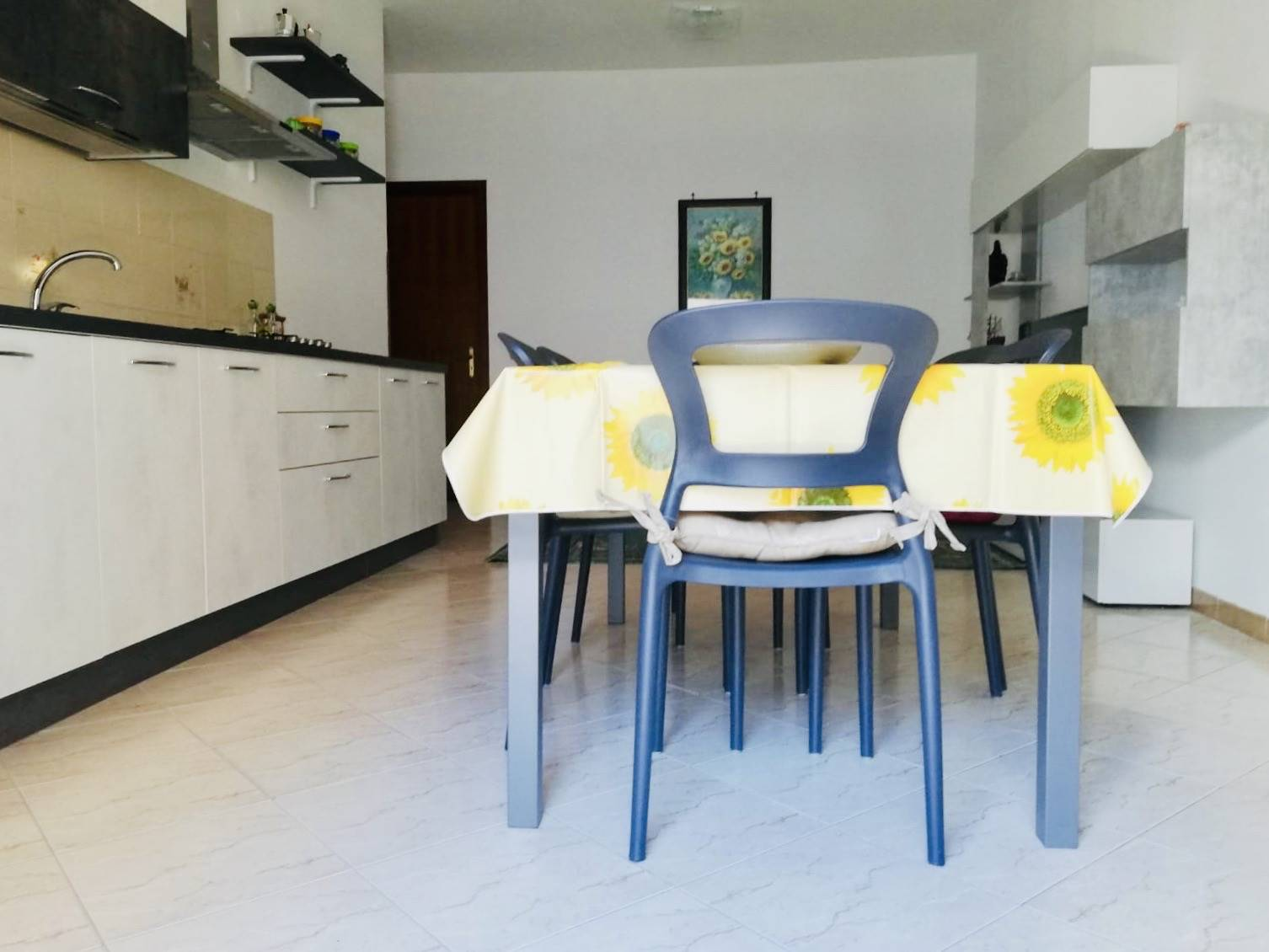 CAMPOFELICE DI ROCCELLA, Appartamento in affitto di 80 Mq, Abitabile, Riscaldamento Autonomo, Classe energetica: G, posto al piano 2°, composto da: 3