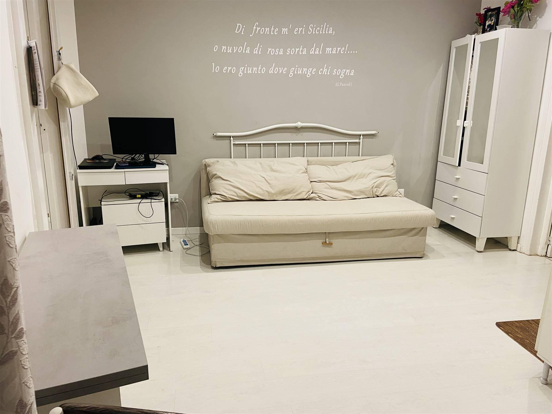PIAZZA MARINA, PALERMO, Appartamento in affitto di 35 Mq, Ottime condizioni, Riscaldamento Autonomo, Classe energetica: G, posto al piano 3°,