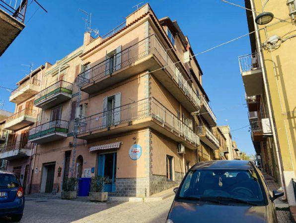 Appartamento in vendita a Campofelice di Roccella, 2 locali, prezzo € 75.000 | CambioCasa.it