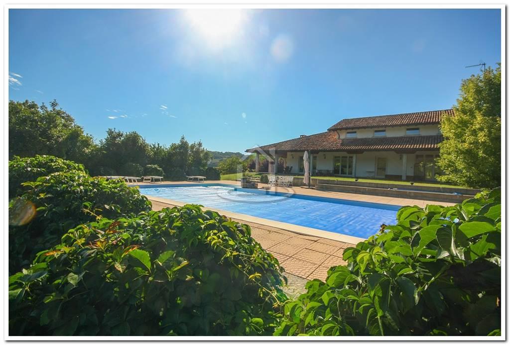 Villa, San Paolo, Rocca Susella, in ottime condizioni