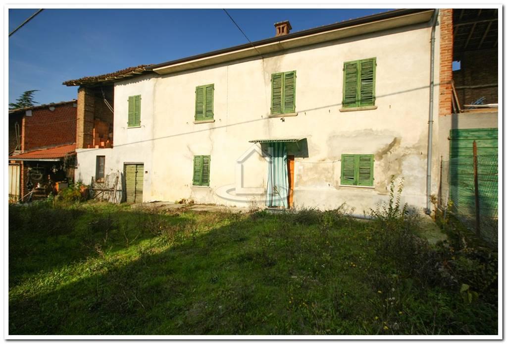 Casa semi indipendente, Ca' Di Stringa, Volpedo, da ristrutturare