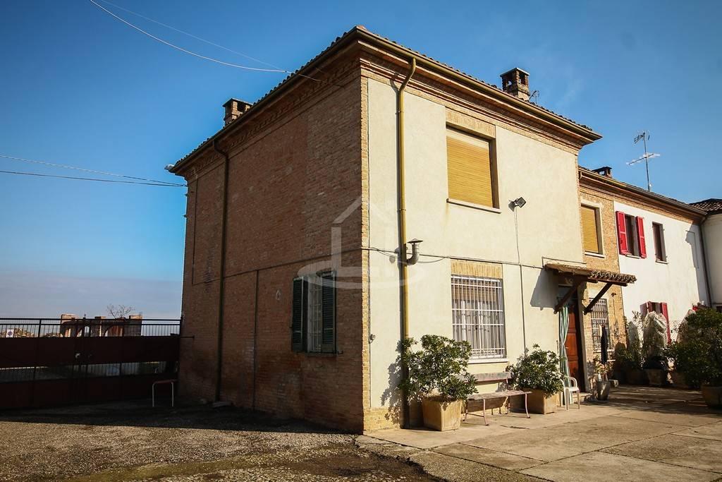 Soluzione Semindipendente in vendita a Codevilla, 8 locali, prezzo € 125.000 | CambioCasa.it