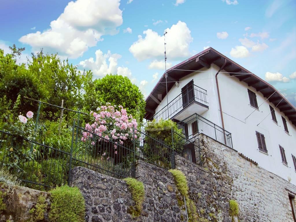 Casa singola, Poggio Ferrato, Val Di Nizza, abitabile