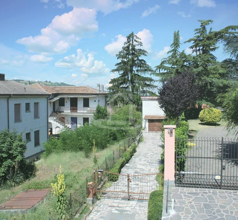 Villa in Via Gerbidi 23, Godiasco Salice Terme