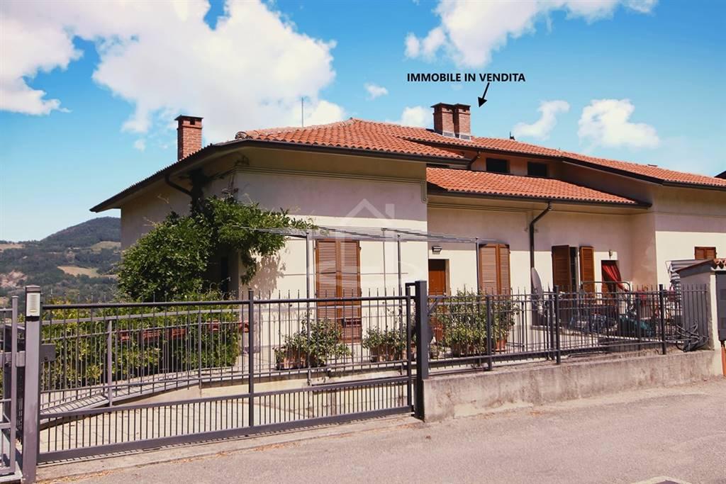 Villa a schiera in Via Ortensie 5, Godiasco Salice Terme