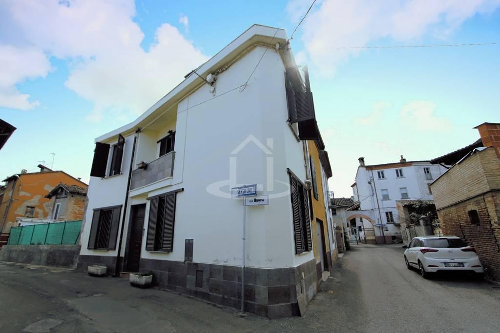 Casa semi indipendente in Via Nuova  13, Retorbido
