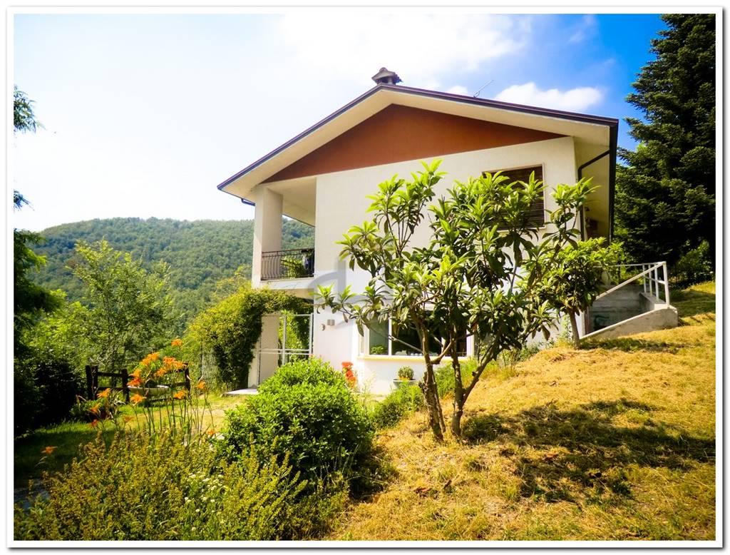 Villa, Godiasco Salice Terme, ristrutturata