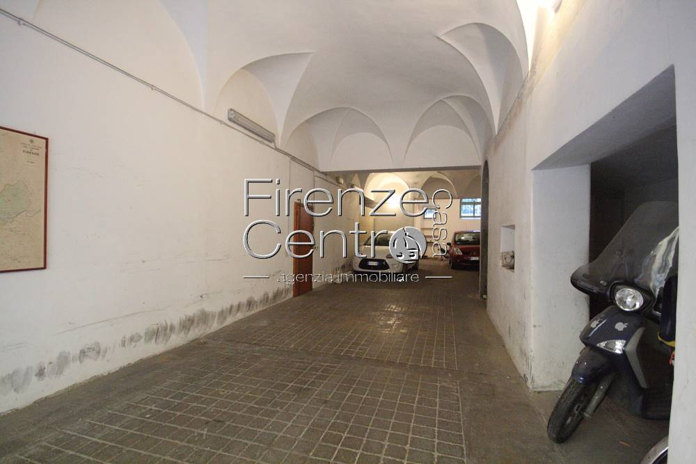 Garage / Posto auto, Centro Duomo, Firenze
