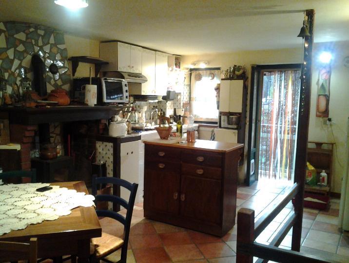 Appartamento in vendita a Dicomano, 5 locali, prezzo € 118.000 | CambioCasa.it