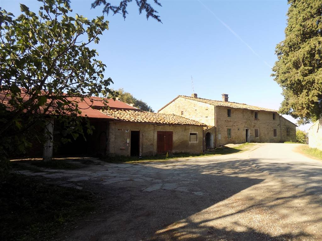 Main Farmhouse in VICCHIO