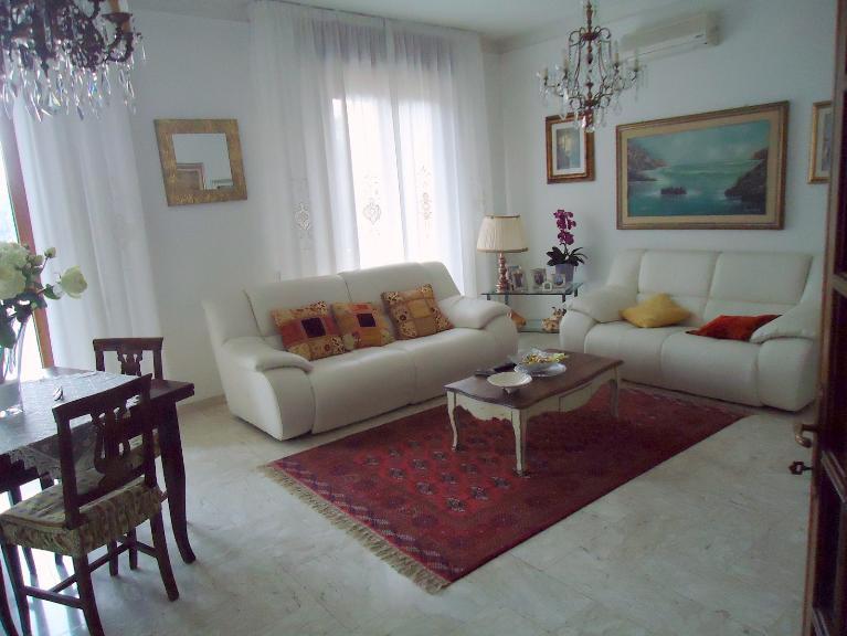 Appartamento indipendente, Fornola, Vezzano Ligure, ristrutturato