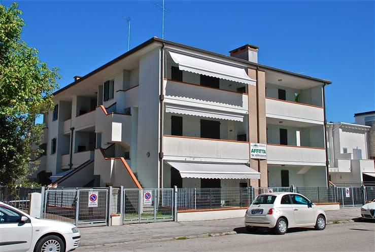 Casa semi indipendente in Viale Pascoli 21, Lido Degli Estensi, Comacchio