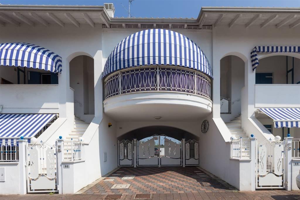 Villa in vendita a Comacchio, 4 locali, zona Zona: Lido degli Estensi, prezzo € 165.000 | CambioCasa.it