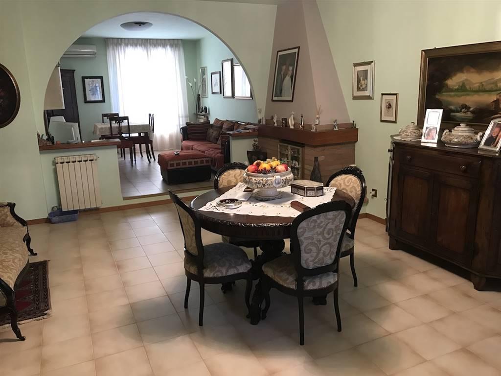Villa a schiera, Taneto Fiesso, Gattatico, in ottime condizioni