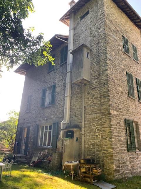 Villa in vendita a Groscavallo, 11 locali, zona Località: RICCHIARDI, prezzo € 245.000 | PortaleAgenzieImmobiliari.it