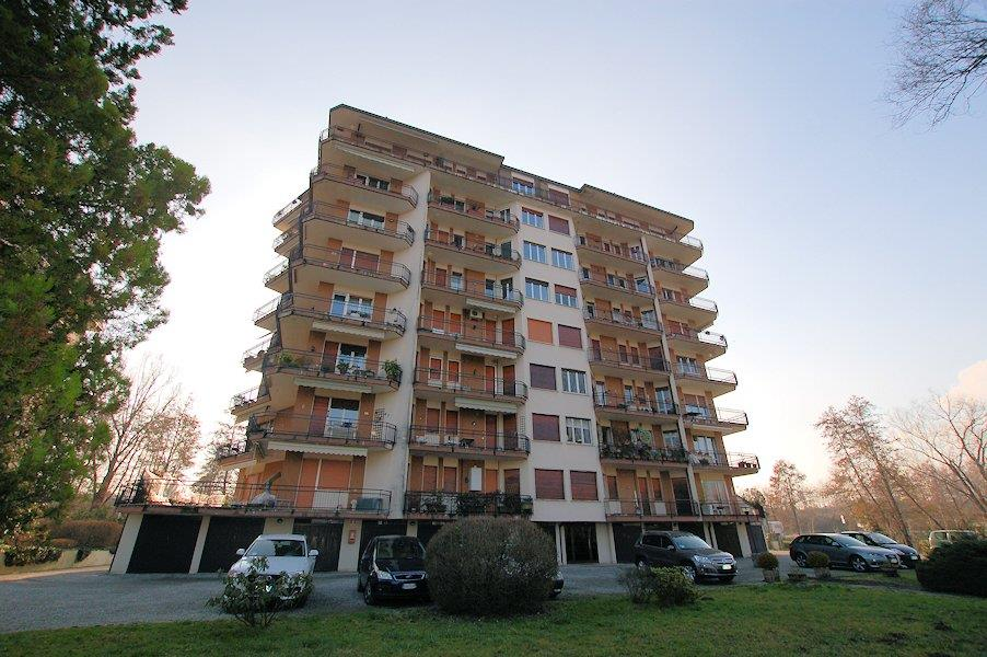 Bilocale in Via Riviera, Arona