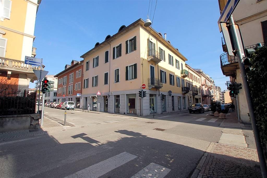 Negozio in Via Roma 52, Arona