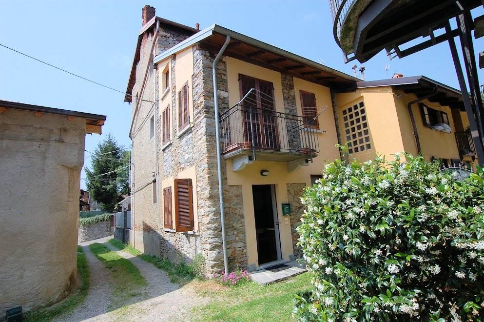 Appartamento indipendente in Via Corgiago 9, Meina