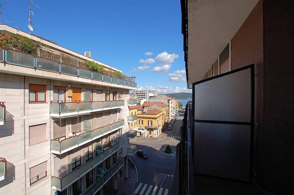 Appartamento in Via Roma 1, Arona