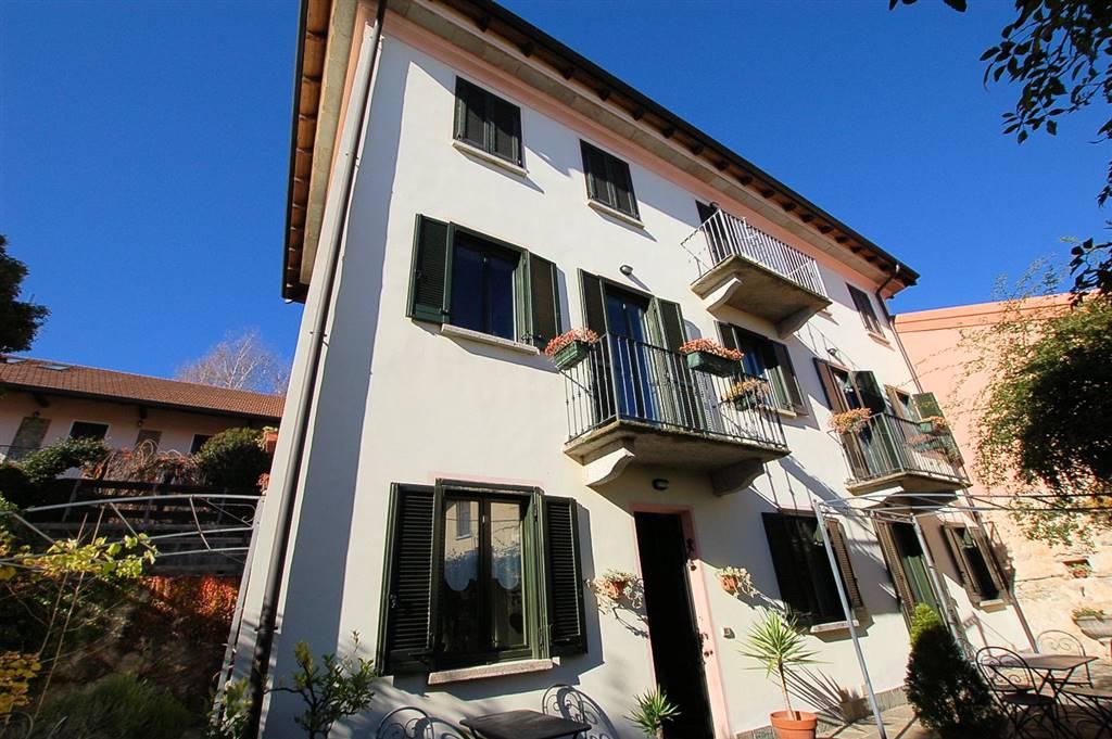 Appartamento in Via Madonna Delle Crocette, Montrigiasco, Arona