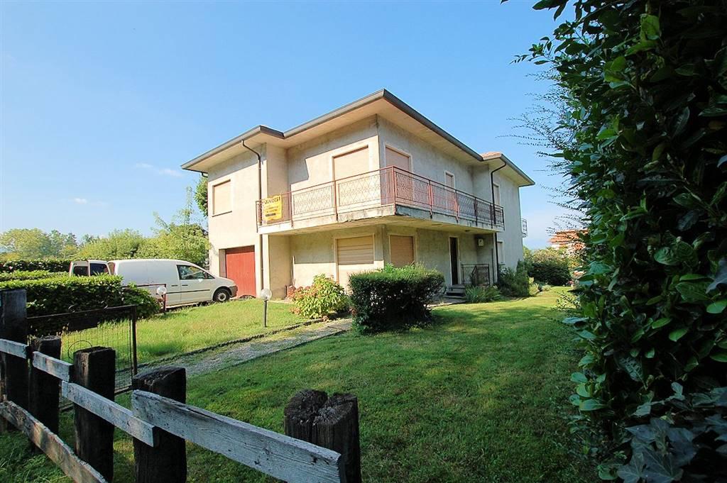 Casa singola in Via Dormelletto, Arona
