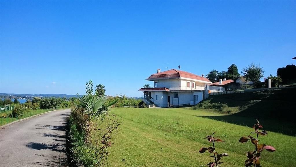 Villa in Via i Maggio, Arona