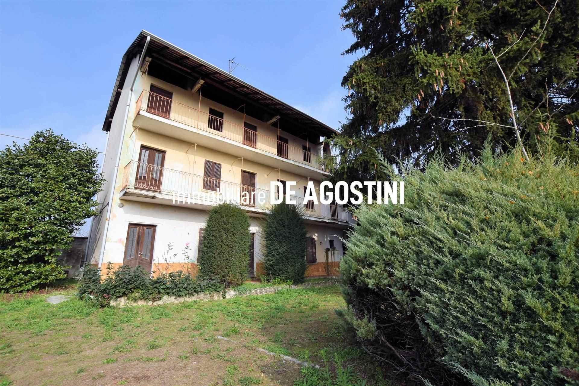 Appartamento in vendita a Bogogno, 7 locali, prezzo € 140.000   PortaleAgenzieImmobiliari.it