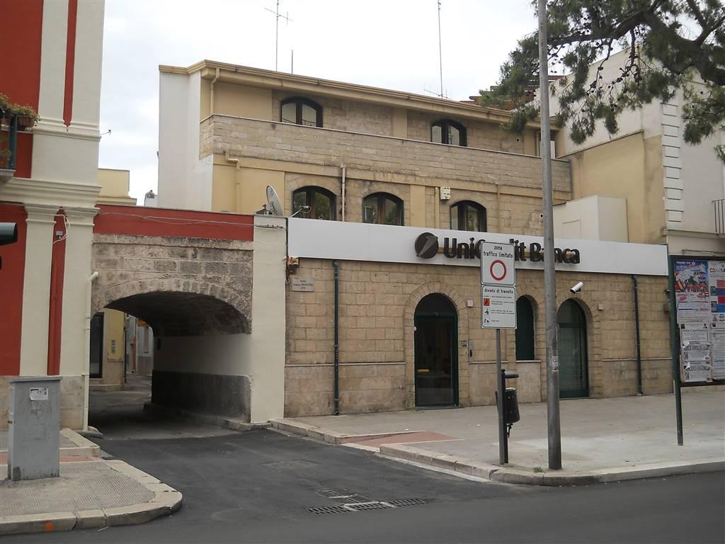Appartamento indipendente in Vico Della Rocca, Capurso