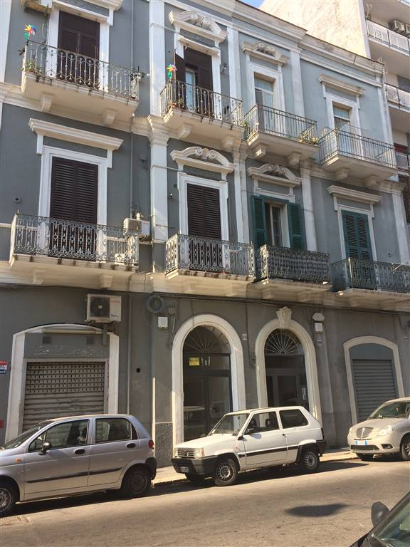 Trilocale, Libertà, Bari, ristrutturato