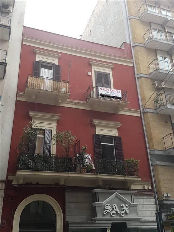 Trilocale, Murat, Bari, in ottime condizioni