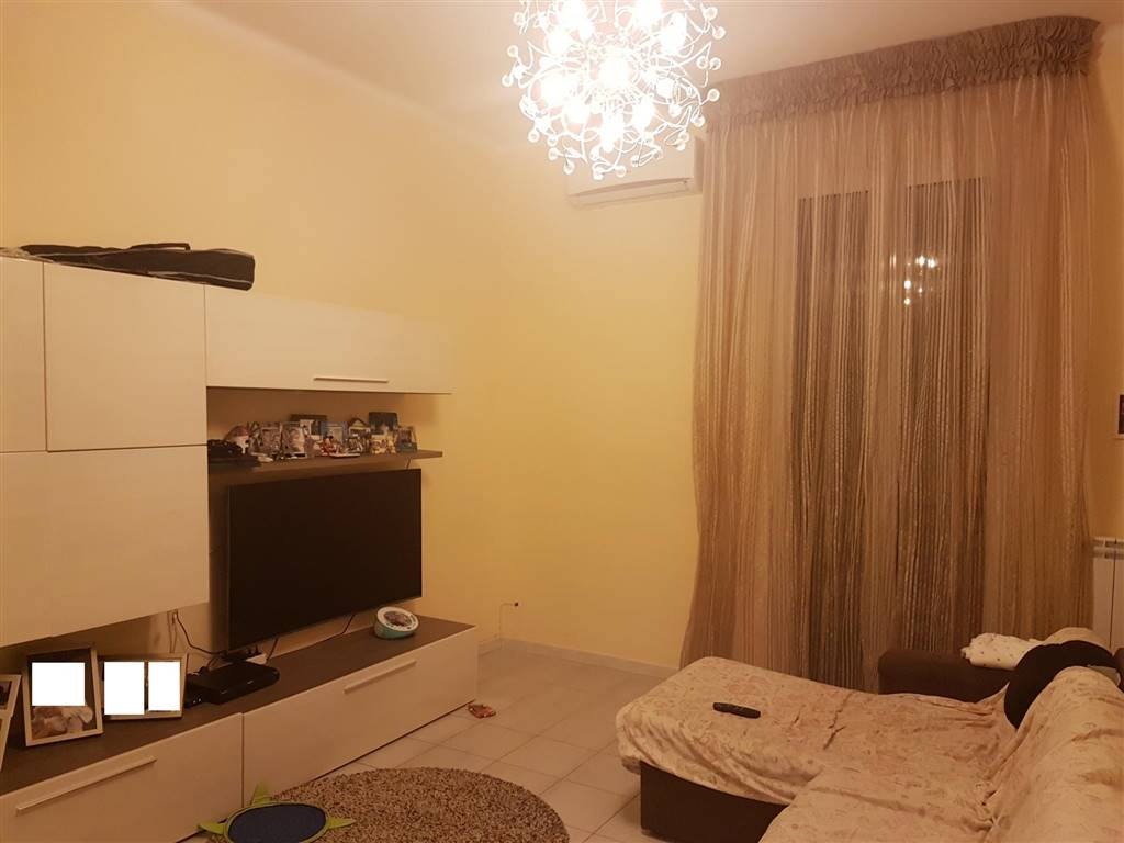 Appartamento in vendita a Bari, 3 locali, zona Zona: Libertà, prezzo € 100.000 | CambioCasa.it