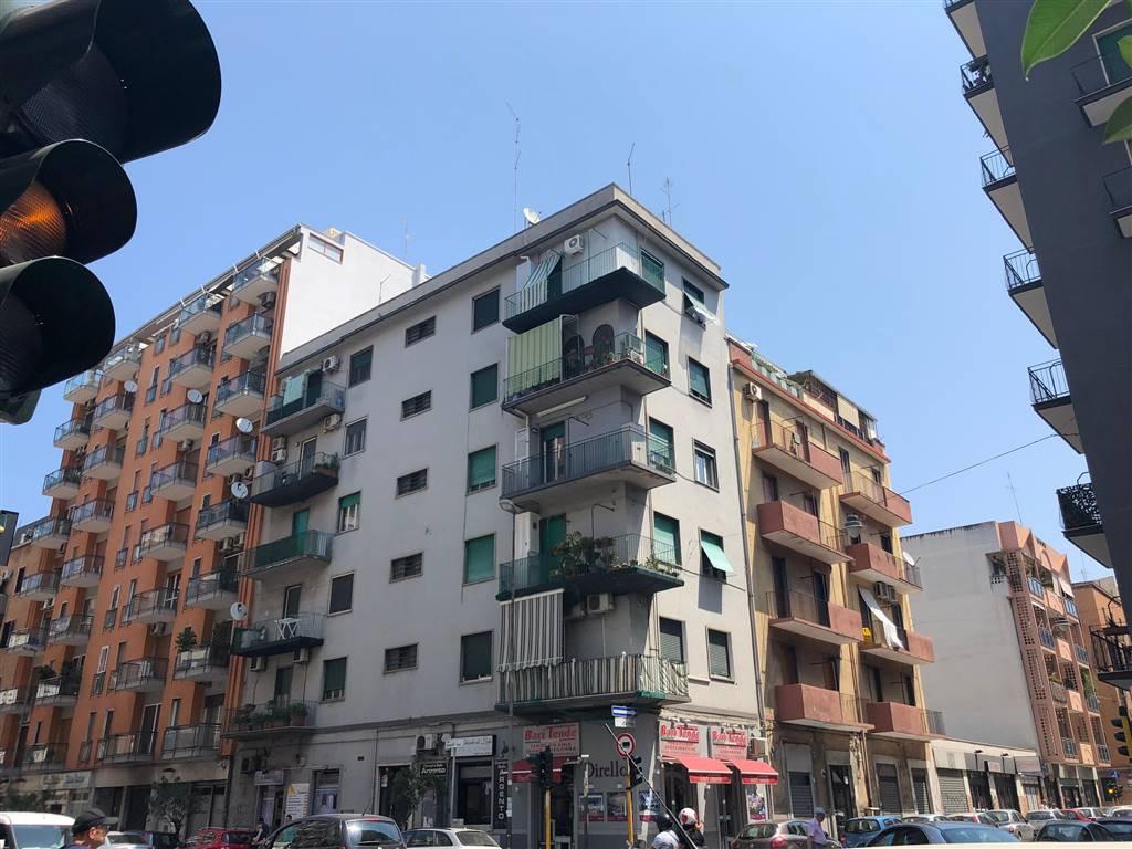 Attico / Mansarda in vendita a Bari, 3 locali, zona Zona: Libertà, prezzo € 133.000 | CambioCasa.it