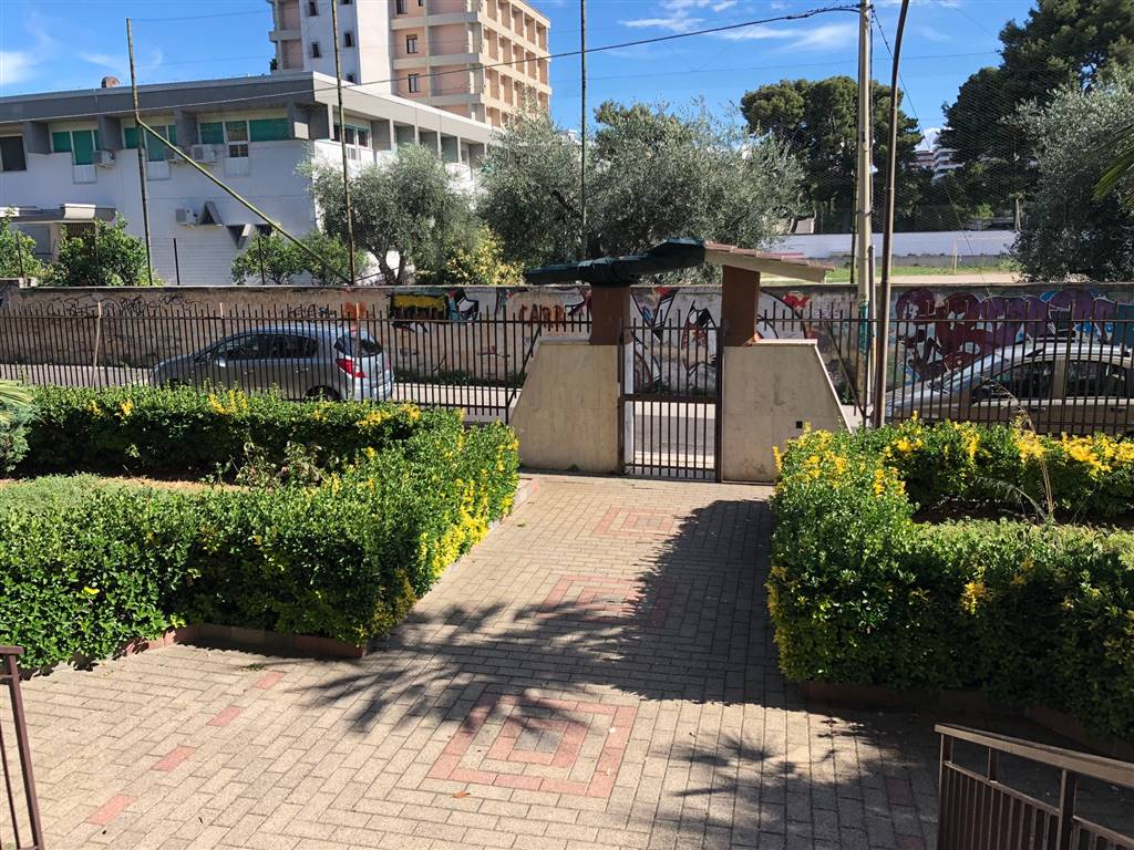 Quadrilocale in Di Cagno 1, Poggiofranco, Bari